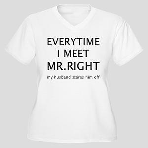 EVERYTIME I MEET MR.RIGHT Women's Plus Size V-Neck