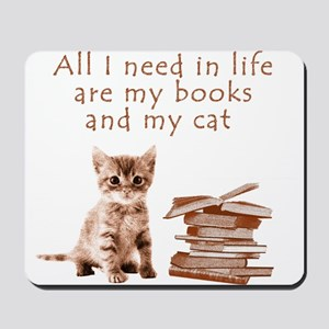 Cats and books Mousepad
