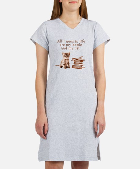 Cats and books Women's Nightshirt