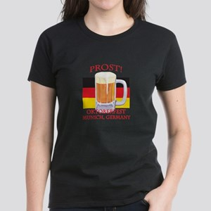 Munich Germany Oktoberfest Women's Dark T-Shirt
