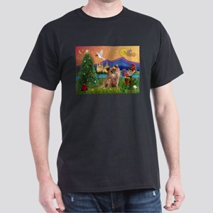 Xmas Fantasy/Chihuahua Dark T-Shirt