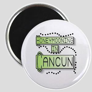 Green Honeymoon Cancun Magnet