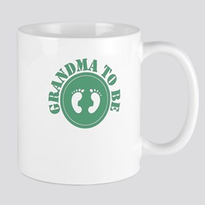 Grandma to be (Green) Mugs