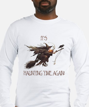 Witch haunting time Long Sleeve T-Shirt