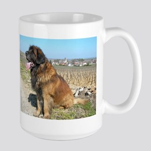 leonberger sitting Mugs