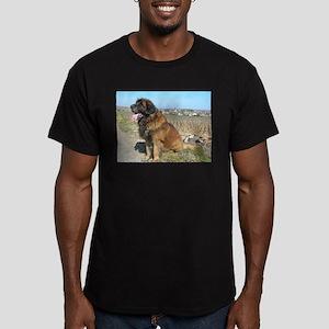leonberger sitting T-Shirt