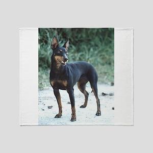 manchester terrier full 2 Throw Blanket