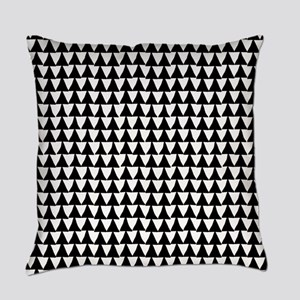 Black: Triangle Arrows Pattern Everyday Pillow