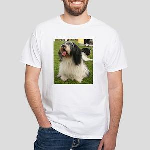 polish lowland sheepdog sitting T-Shirt