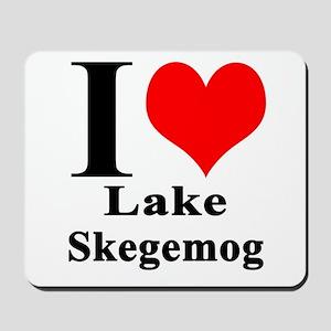 I heart Lake Skegemog Mousepad