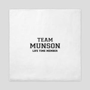 Team MUNSON, life time member Queen Duvet