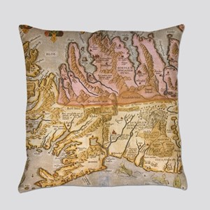Vintage Map of Iceland (1590) Everyday Pillow