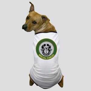 US Army Special Forces Emblem Dog T-Shirt
