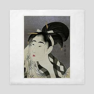 Woman-Wiping-her-face-Utamaro-Woodbloc Queen Duvet