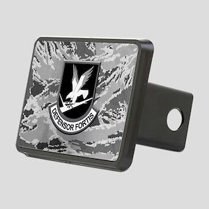 Black Defensor Fortis Flas Rectangular Hitch Cover
