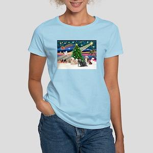 XmasMagic/3 Lhasas Women's Light T-Shirt