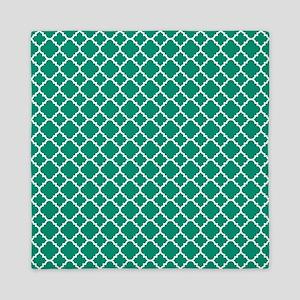 Emerald Green Quatrefoil pattern Queen Duvet