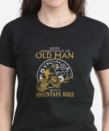 Never Underestimate An Ald Man With Mounta T-Shirt