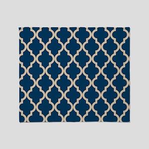 Moroccan Quatrefoil Pattern: Dark Bl Throw Blanket