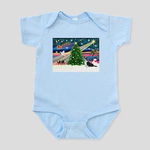 XmasMagic/Corgi (12BW) Infant Bodysuit