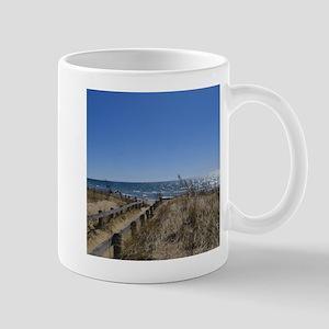 Beach walkway Mug
