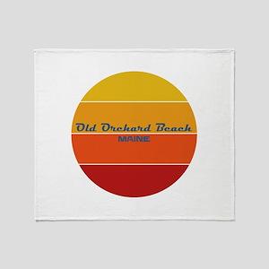 Maine - Old Orchard Beach Throw Blanket