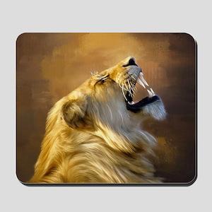Roaring lion portrait Mousepad