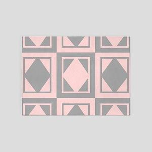 Diamond Design 5'x7'Area Rug