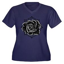 Black Rose On Gothic Plus Size T-Shirt