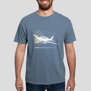 Aircraft Cirrus SR22 Women's Dark T-Shirt