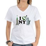 New York City under Islam Women's V-Neck T-Shirt
