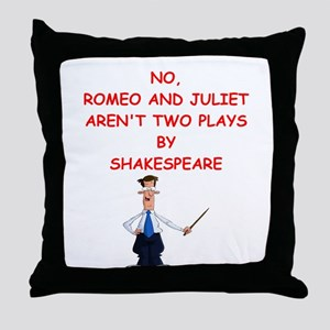 romeo and juliet Throw Pillow