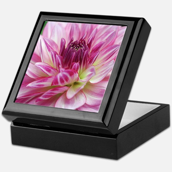Graceful Keepsake Box