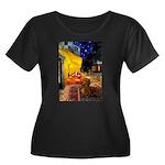 Cafe /Dachshund Women's Plus Size Scoop Neck Dark