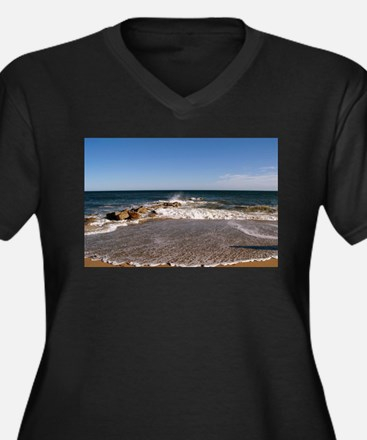 PLUM ISLAND Plus Size T-Shirt