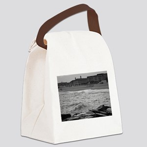 Cape May Beach - black and white Canvas Lunch Bag