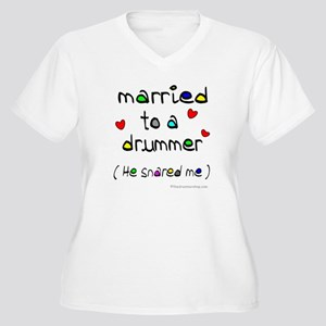 Married to a drummer : Women's Plus Size V-Neck T-
