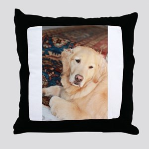 Nala golden retriever Throw Pillow