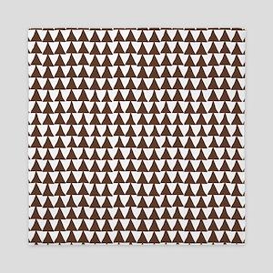Triangle Arrows Pattern: Chocolate Bro Queen Duvet