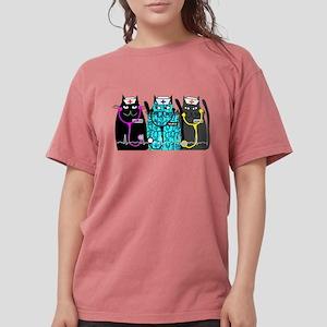 nurse cat NO BACKGROUND T-Shirt