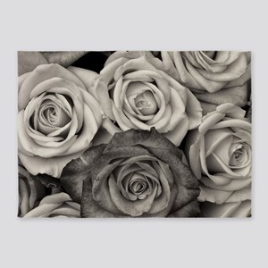 Black and White Rose Bouquet 5'x7'Area Rug