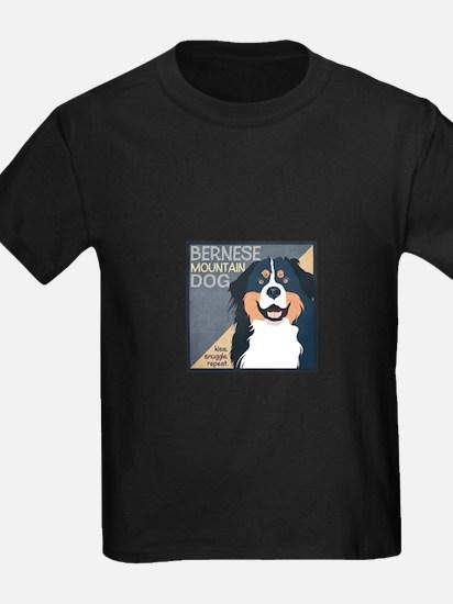 snuggle3 T-Shirt