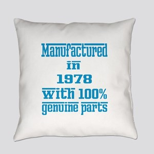 Manufactured in 1978 with 100% Gen Everyday Pillow