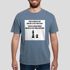 teach a child shirt T-Shirt