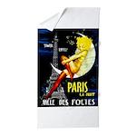 Paris La Nuit Ville des Folies Beach Towel