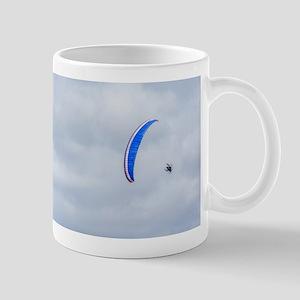 Hang-glider in the sky Mugs