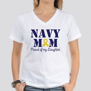 Navy Mom Proud Of Daughter T-Shirt
