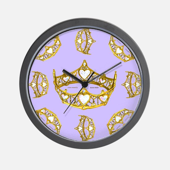 Queen of Hearts gold crown tiara scatte Wall Clock