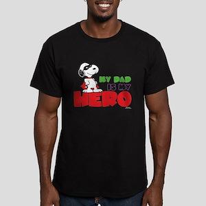 Peanuts: Dad Hero Men's Fitted T-Shirt (dark)