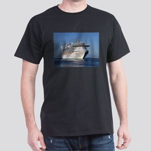 Golden Princess cruise ship T-Shirt